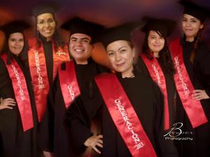 Karen, Mayra, Roberto, Elena, Ninfa y Berenice.