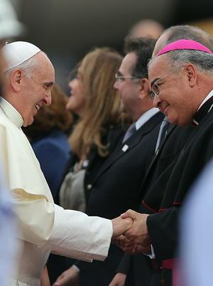 El arzobispo de Río de Janeiro, Dom Orani Tempesta, saludó también a Francisco.