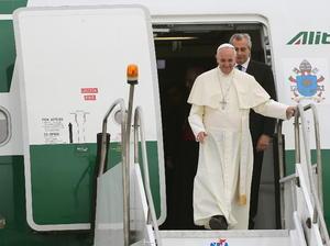El Papa Francisco, el primer latinoamericano en asumir el pontificado en la historia de la Iglesia católica, llegó a Brasil para encabezar durante una semana las actividades de la Jornada Mundial de la Juventud (JMJ).