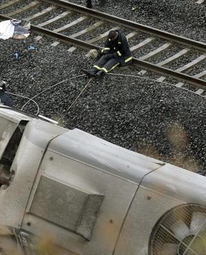 Este accidente ferroviario puede ser el tercero más grave en la historia de España, después del ocurrido en 1944 cerca de la estación de Torre del Bierzo (noroeste).