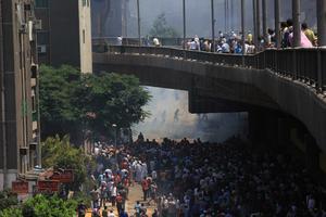 Los simpatizantes de Morsi levantaron en un mes y medio campamentos de protesta en las calles del barrio de El Cairo conocido como Ciudad Náser. En cuestión de horas, las fuerzas de seguridad convirtieron todo en escombros.