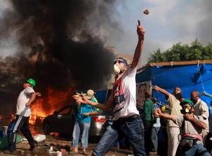Al menos 525 personas murieron durante el desmantelamiento de los campamentos levantados por los Hermanos Musulmanes, simpatizantes del expresidente egipcio, Mohamed Morsi.
