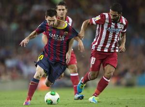 El 'astro' argentino salió al terreno de juego a pesar de que se venía recuperando de una lesión, además, falló un penal durante el encuentro.