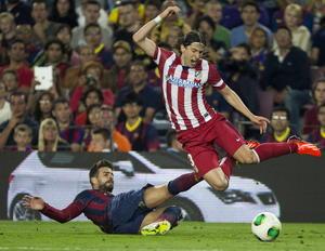 Piqué cometió una falta Filipe Luis. La final destaco por ser  en un duelo trabado durante algunos lapsos de tiempo.