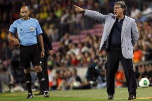 El nuevo Director Técnico del Barcelo, Gerardo 'Tata' Martino, disputó su primer título en Europa.