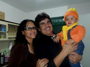 Susana Guillén, Manuel Santacruz y Angelito.