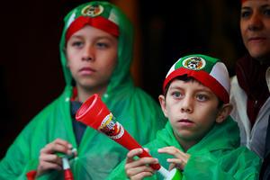 Aficionados de todas las edades se hicieron presentes a apoyar a la Selección Mexicana.