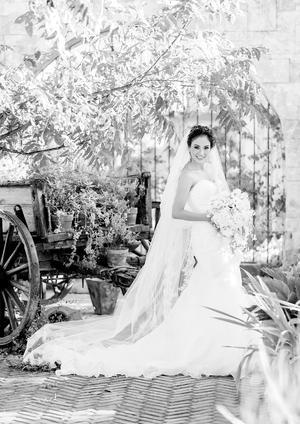 Muy hermosa lució Laura L. Valdés Reyes el día de su boda con el Sr. Sergio A. Barrios Dávila.- David Lack Fotografía