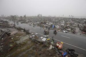 Las viviendas a la orilla del camino que se dirige a la ciudad de Tacloban estaban destruidas o habían desaparecido.