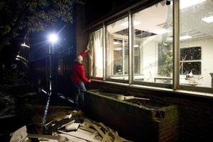 Las seis víctimas mortales se registraron en la región central del Medio Oeste, donde se contabilizaron 81 tornados y tormentas, algunos con vientos superiores a los 320 kilómetros por hora, indicó la cadena ABC en su página web.