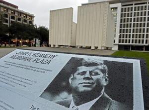 """""""Hoy y en las décadas que quedan por delante, vamos a conservar su legado"""", pidió en Twitter el presidente Barack Obama, quien en una proclamación oficial declaró este viernes como """"Día de conmemoración del presidente John F. Kennedy"""", dedicado a """"celebrar su duradera impronta en la historia estadounidense""""."""