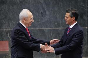 Peres invitó a Peña Nieto a visitar Israel en 2014.