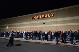 En algunos centros se observaban filas que, según datos oficiales, llegaban a ser de miles de personas.