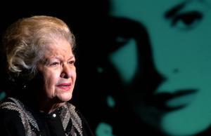 25 de febrero. Carmen Montejo |  A los 87 años de edad, falleció Carmen Montejo, una de las actrices más emblemáticas del cine de oro mexicano.