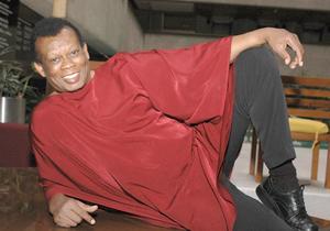 18 de septiembre. Laboriel |  A sus 71 años, el cantante Juan José Laboriel López, mejor conocido como 'Johnny' Laboriel falleció víctima de un cáncer de próstata que lo aquejaba.