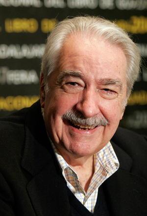 22 de septiembre. Mutis | El escritor colombiano Álvaro Mutis, de 90 años, que residía en México desde hace más de medio siglo, falleció en esta capital.
