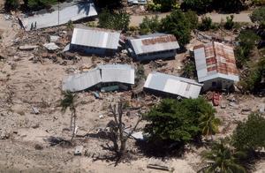 6 de febrero. Tragedia | Nueve personas murieron a causa del tsunami que ha destruido tres aldeas costeras en las Islas Salomón, tras registrarse en la región del Pacífico un sismo de 8 grados en la escala abierta de Richter.