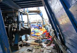 3 de octubre. Tragedia | Fallecen al menos 339 inmigrantes al hundirse una barca en Lampedusa (Italia).