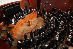 18 de abril. Reforma |  Cuatro comisiones del Senado aprobaron en lo general y por unanimidad el dictamen de reformas constitucionales en materia de telecomunicaciones y medios.