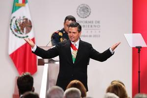 2 de septiembre. Informe | Tiene lugar el primer informe de gobierno del presidente Enrique Peña Nieto.