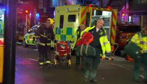 Los oficiales dijeron que casi todos los lesionados salieron caminando. Los bomberos indicaron que ya no hay gente atrapada en el lugar