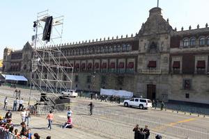 El evento oficial tuvo como sede el Palacio Nacional, que desde tempranas horas del viernes lucía protegido para evitar eventos desafortunados en torno a la promulgación.