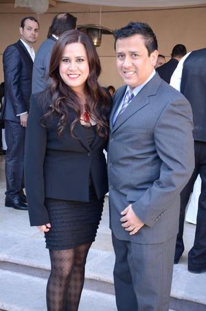 Alejandra y Jorge Flores.