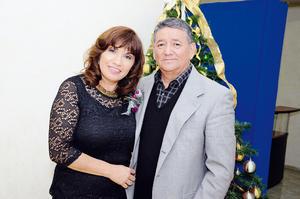 EN PAREJA.  María del Rosario y Humberto.