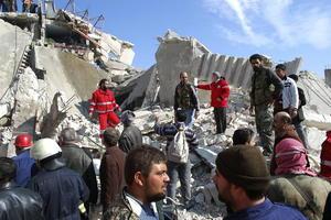 Este nuevo frente se abrió hace dos semanas, tras meses de tensiones entre ambos bandos en territorio rebelde.