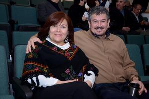 EN CONCIERTO.  Adela e Isidoro.
