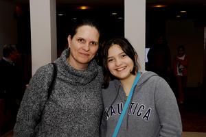 Laura y Alejandra.