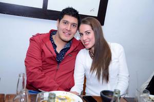 CONTENTOS . Miguel y Ana María.