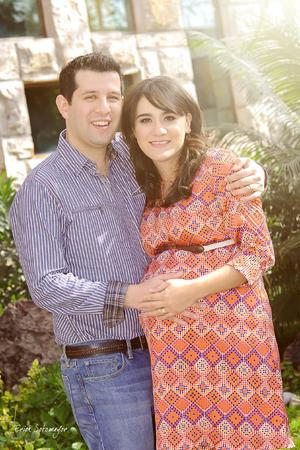 Sra. Eva Karen Meraz de Díaz y Sr. César Rafael Díaz Moreno esperan la llegada de su bebito Rafael.- Érick Sotomayor Fotografía