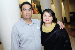 EN EXPO.  Irma y Rebeca.