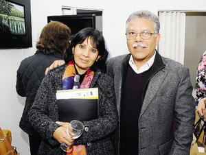 PRESENTAN EXPOSICIóN.  Renata y Rafael.