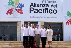 El presidente Juan Manuel Santos, instaló la VIII Cumbre de la Alianza del Pacífico, en la que los jefes de Estado suscribirán el Protocolo Comercial que liberará el 92 por ciento de las partidas arancelarias del comercio intra-regional.