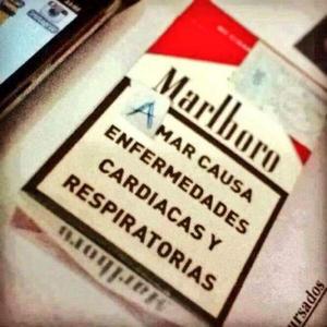 Aparece nueva 'advertencia' en cajetillas de cigarros, bromean internautas.