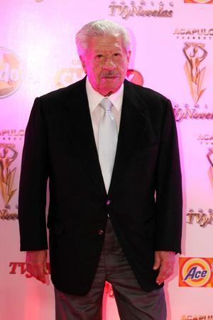 Entre los invitados al evento de TVyNovelas se encontraba Ignacio López Tarso.