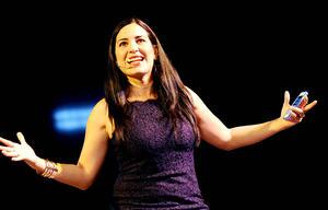 La actriz Tiaré Scanda visitó la región con la conferencia Cambias tú, cambia el mundo, dentro de los festejos del Día Internacional de la Mujer en Torreón