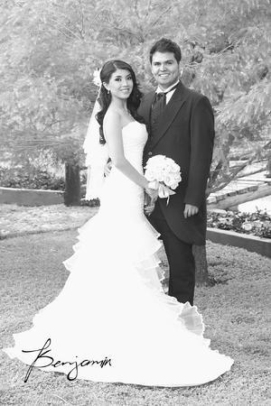Srita. Mayra Liliana Hernández Bañuelos y Sr. Juan Ramón González Alonso contrajeron matrimonio. - Benjamín Fotografía