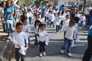 Participaron 42 carros alegóricos y 18 escuelas.
