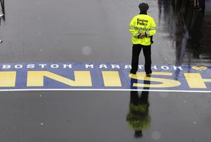 Las explosiones ocurridas mientras se celebraba el tradicional maratón de Boston, ocasionaron la muerte de tres personas, además de dejar múltiples heridos.