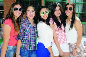 Paola, Ángela, Andrea, Cristy y Dafne.