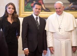 Peña Nieto llegó al Vaticano procedente de Portugal, en el marco de su gira por Europa.