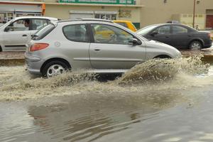 """El Diagonal Las Fuentes es """"cliente"""" de afectaciones a causa de las lluvias, denunciaron vecinos."""