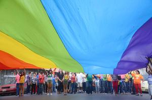 """Teniendo como lema """"nadie es libre hasta que todos seamos libres"""" se realizó la séptima edición de la marcha del Orgullo Gay con la cual se conmemora un aniversario más del Día Internacional del Orgullo LGBT (lesbianas, gays, bisexuales y transexuales)."""