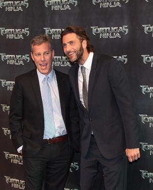 Los productores de la cinta Bradley Fuller y Andrew Form no podían faltar en la premier mundial.