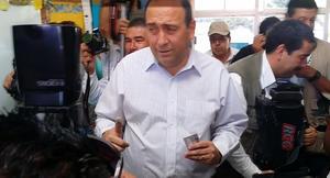 Tras emitir su voto, el gobernador de Coahuila, Rubén Moreira, expresó que los funcionarios estatales se mantendrán al margen del proceso electoral.