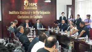 El Instituto Electoral y de Participación Ciudadana de Coahuila (IEPCC) dio inicio a la sesión permanente donde se emitió la declaratoria de instalación de los trabajos de la jornada electoral.