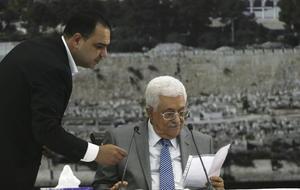 El presidente palestino, Mahmud Abás mantuvo un encuentro con los miembros de su gabinete en la localidad cisjordana de Ramala.